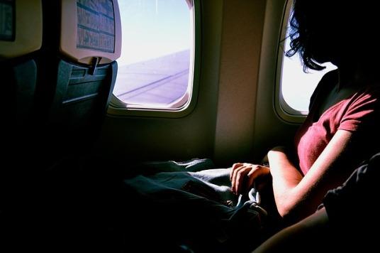 airplane-1209752_640