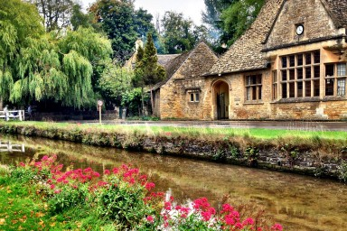 CEengland-subregion-cotswolds-nearby-384x256