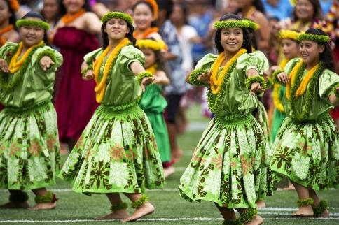hawaiian-hula-dancers-377653_1920