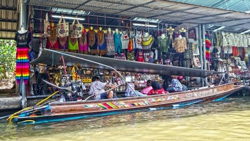 damnoen-saduak-floating-market-546267_1280