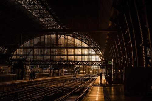 station-839208_1280