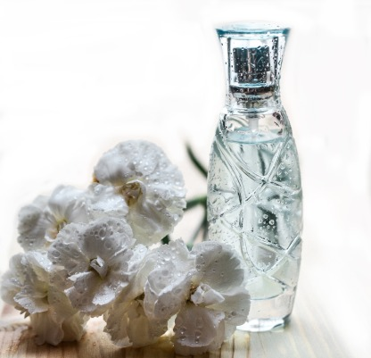 perfume-1433727_1280