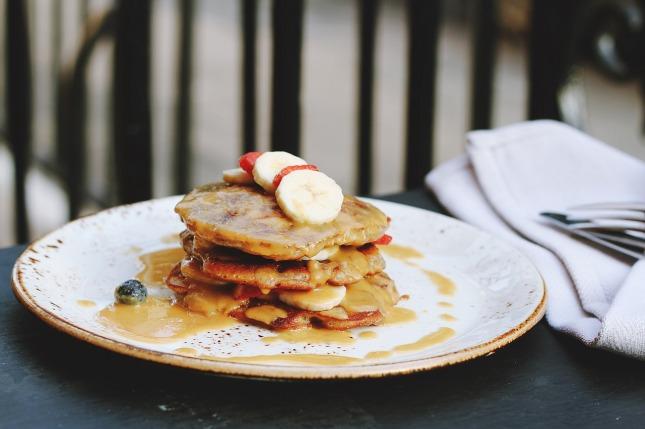 breakfast-1839673_1280