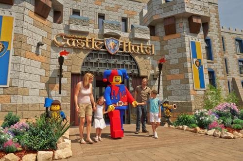 RETOUCHED castle hotel_10303_RETC (2)