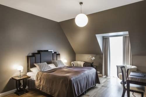 Deluxe Room 1575