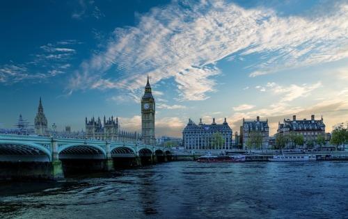 london-2164680_640