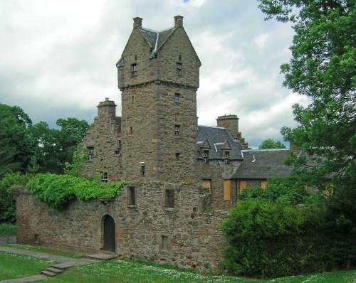 Mains_Castle