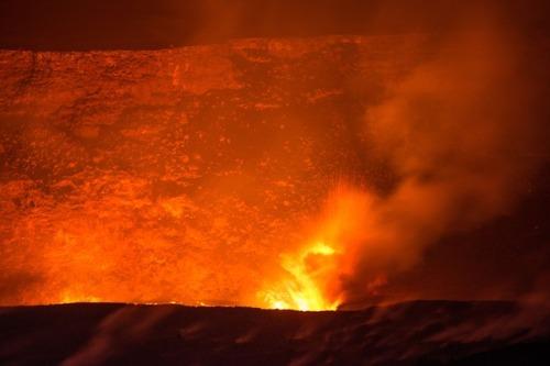 volcano-2062876_640