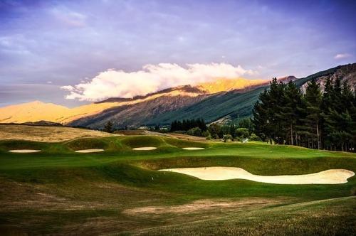 hills-golf-course-299914_640
