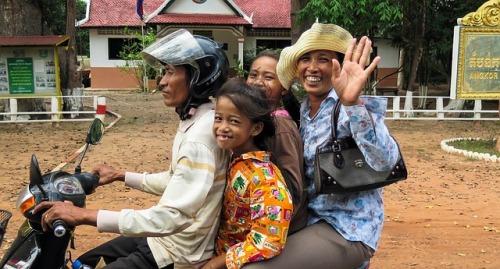 cambodia-603432_640.jpg