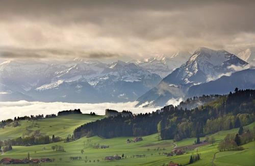 bernese-oberland-2967803_640